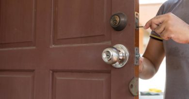 Comment ouvrir une porte fermée sans clés